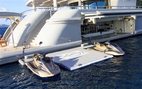 yacht water  fort lauderdale brownies yacht toys