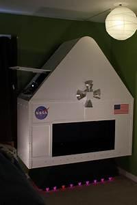 Making Fun: Kid's Room Spacecraft | Make: