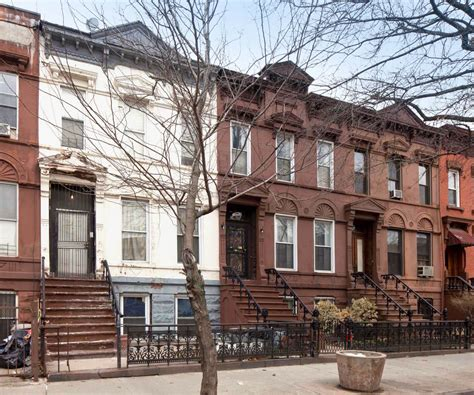 Queen Anne Style Row House  Home Design And Style