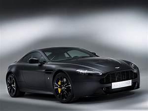 Aston Martin V12 Vanquish : 2013 aston martin v12 vantage carbon black sportcar wallpaper 2048x1536 104492 wallpaperup ~ Medecine-chirurgie-esthetiques.com Avis de Voitures