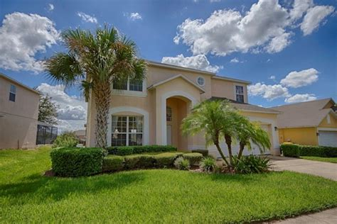 6 bedroom vacation rentals in kissimmee florida amazing 6 bedroom emerald isle villa with spa vrbo