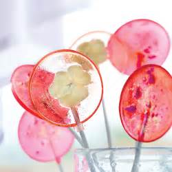 wedding ceremony ideas diy lollipop wedding favours you can make in just a few simple steps weddingbells
