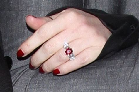 jessica simpson engagement ring ruby