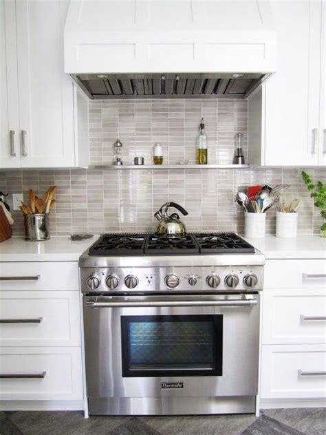 Small Kitchen Ideas Backsplash Shelves
