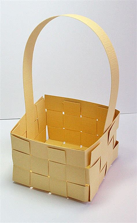 Woven Basket Template by How To Make Woven Paper Easter Baskets Craft Projects