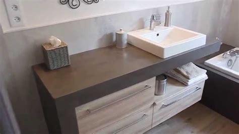plan de cuisine salle de bain avec plan de travail en bois