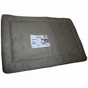 Tapis Pour Chat : tapis pour cage de transport accessoires pour le couchage du chien et du chiot couverture ~ Teatrodelosmanantiales.com Idées de Décoration