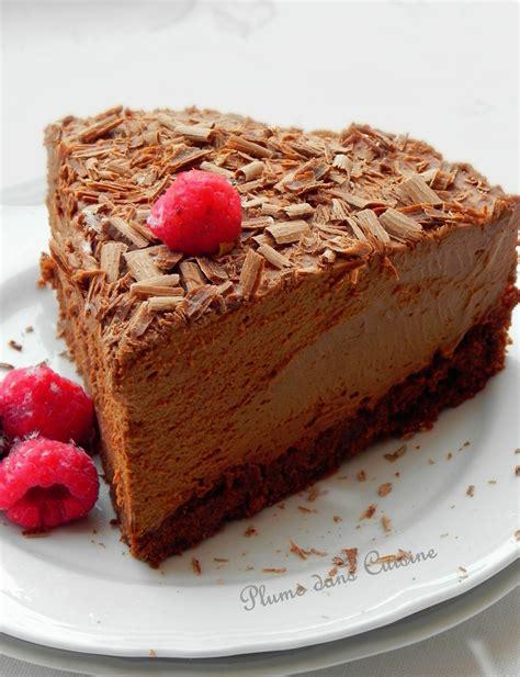 cuisine de gateau gâteau mousse au chocolat tout à fait exquis une plume