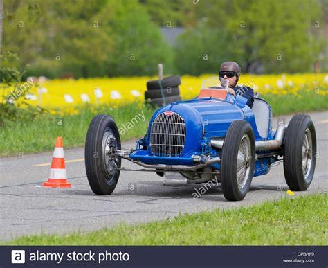 vintage pre war race car bugatti