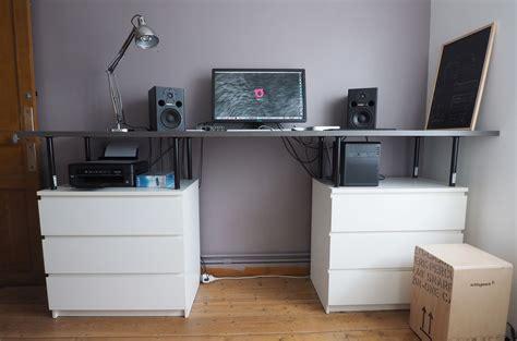 ikea pied de bureau bureau debout avec des meubles ikea