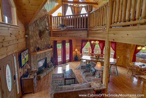 5 Bedroom Cabins In Gatlinburg Tn by 5 7 Bedroom Cabins In Gatlinburg Pigeon Forge Tn