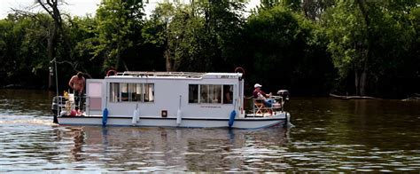 Chicago Houseboat Rental by Illinois Travel Vacation And Recreation Guide