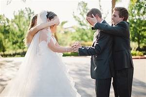 7 creative first look ideas With first time wedding photographer
