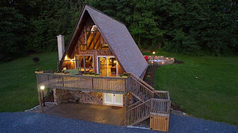 cabin rentals in pa with tub getaway in nearly 10 wooded acres on