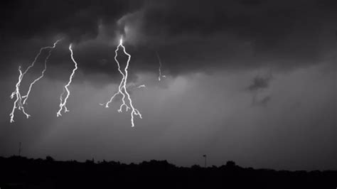 amazing lighting strikes filmed   frames