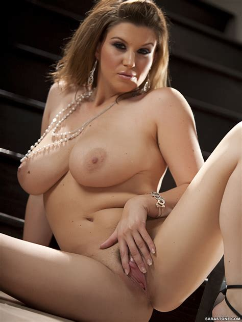 She Enjoys Posing Naked And Teasing By Shaking Her Big