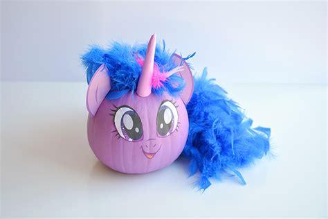 carve   pony pumpkins   printable face