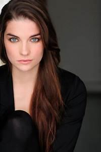 Hottest Woman 1/20/16 – ANNIE MURPHY (Schitt's Creek ...