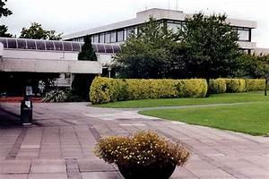 College University: University College Dublin Administration