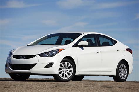 Cost Of Hyundai Elantra by Hyundai Launching Extended Wheelbase Elantra For China