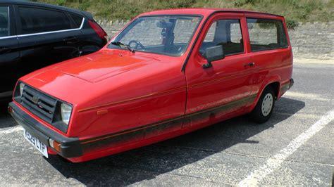 voiture pour 3 si鑒es auto reliant 3 roues de voitures photo stock libre domain pictures