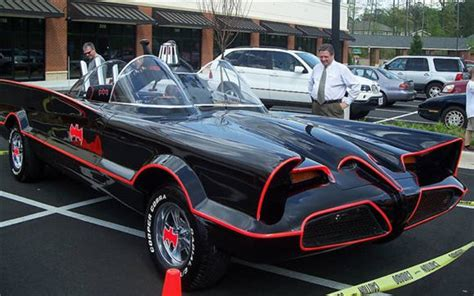 batmobile replica  ebay    batgadgetry