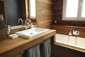 Salle De Bain En Bois : salle de bain chalet atouts essences de bois prix ooreka ~ Teatrodelosmanantiales.com Idées de Décoration