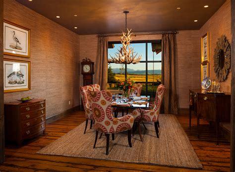 lustres salle a manger 12 somptueuses salles 224 manger avec un lustre en ramures bricobistro