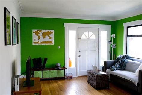colorful sunshine cascadia room