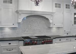 White carrera marble backsplash kitchen countertops for Carrera marble backsplash mosaic