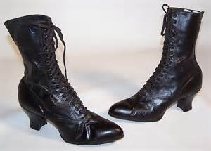 unworn 39 s vintage black leather high top lace up boots