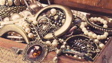 jewellery insurance valuables cover moneysupermarket