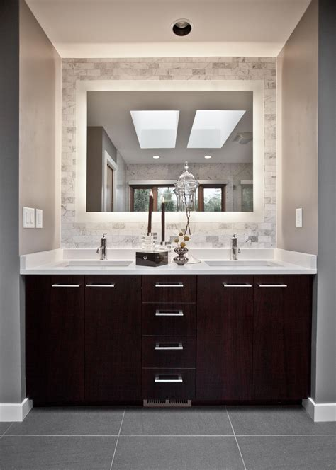 Bathroom Vanity Design Ideas by Best 25 Backlit Mirror Ideas On Mirror With