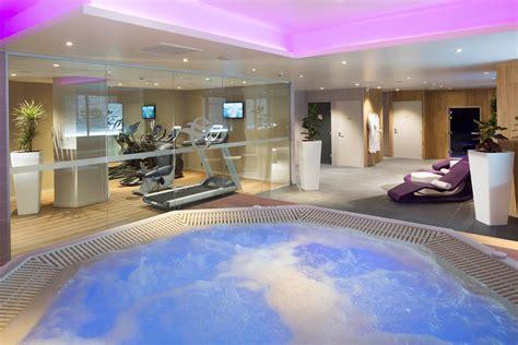 h el avec spa dans la chambre hôtel oceania 4 clermont ferrand appart hôtel centre ville