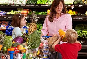 Slideshow: 14 Grocery Shopping Myths