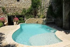 8emes trophees de la piscine categorie piscine citadine With piscine forme libre avec plage 3 plage immergee et piscine diffazur piscines