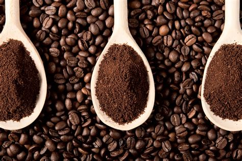 16 Useful Ways To Reuse Old Coffee Grounds Does Skinny Coffee Make You Wee More Ground Wallpaper Kentucky Tree Germination Kinohimitsu ??? Oklahoma Iphone 5 Hot Caffe Mocha Calories