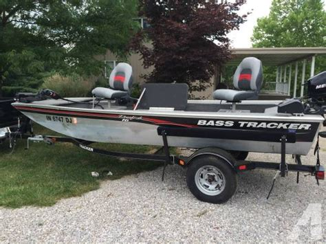 Fishing Boat Trailer Parts by 2010 Bass Tracker Fishing Boat With Trailer And Cover 16
