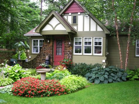 cottage landscape ideas cottage w curb appeal garden ideas pinterest