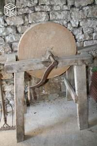 Meule à Eau Ancienne : ancienne meule a eau aff tage pinterest eaux ancien ~ Dailycaller-alerts.com Idées de Décoration