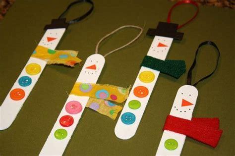 ideen basteln mit kleinkind basteln weihnachten kinder schneem 228 nner eisst 228 bchen kn 246 pfe