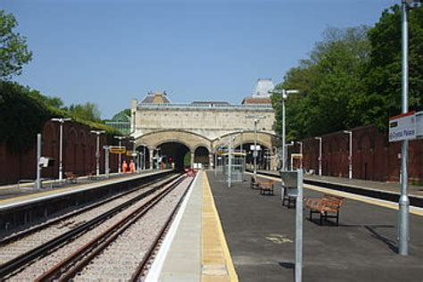 mansell  refurbish crystal palace station