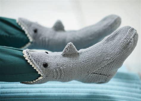 shark socks extract  knitted animal socks  hats