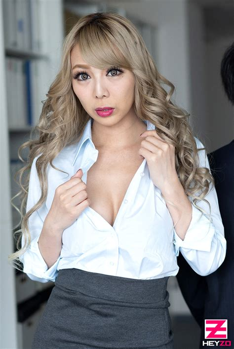 Hey動画 Slut Office Lady Have Sex With A Hot Flashy Girl In