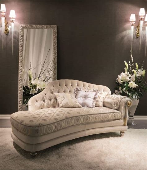 toile chaise longue buttoned daybed ideal for luxury hotels idfdesign