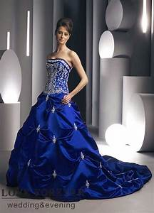 Beautiful Photos of Royal Blue Wedding Dresses | Sang Maestro