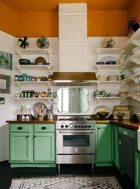 repeindre ses meubles de cuisine en bois repeindre sa cuisine en bois le relooking de cette