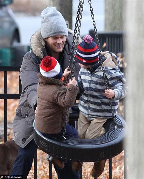 tom brady dotes    sons   park  wife