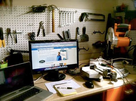 garage startup 7 reasons why business innovation starts in a garage