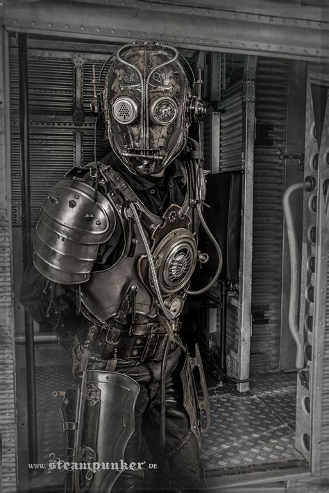artist creates steunk costumes from parts he finds